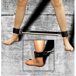 Spreizstange mit Fußmanschetten